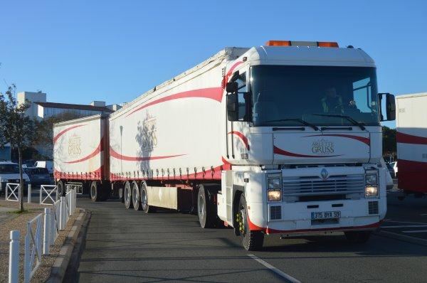 """ARLETTE GRUSS LA ROCHELLE 2018 """"Arrivée des convois et positionnement"""""""