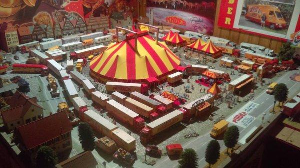 """Cette année les maquettes """"BOUGLIONE et PINDER"""" avec quelques petites modification seront exposé au 11 ème salon de la maquette de SALLERTAINE qui se tient le dernier wekk-end de juillet"""