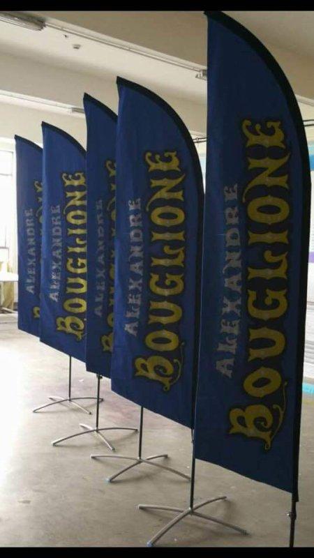 Nouvautés a venir et d'autres qui y sont déja nottament les panneaux de gradins au cirque Alexandre BOUGLIONE