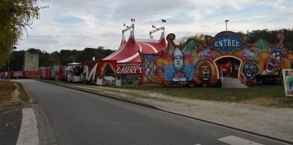 """""""LES ESSARTS"""" Dernière ville visité pour la vendée cette année pour le cirque NICOLAS ZAVATTA de la famille DOUCHET"""