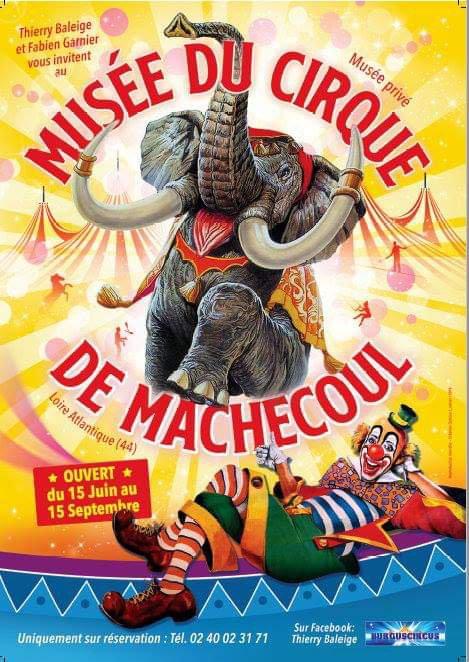 Le Musée du Cirque de Machecoul, ré-ouvrira ses « toiles » du 15 juin au 15 septembre 2019. Ouvert en 2010, ce petit musée privé, est situé sur la route des vacances, en Loire-Atlantique proche de la Vendée. Il a une particularité unique : celle d'évoluer d'année en année en présentant toujours de nouvelles collections. Ainsi, plus de 30 maquettes et dioramas, la plupart inédits, ont ainsi pu être présentés au public. Certains ont été réalisés par nous-mêmes, d'autres par des maquettistes désireux d'exposer leur ½uvre en un lieu sécurisé. Cette année, après de très long mois de travail, épaulés comme toujours par des amis fidèles, nous allons essayer encore une fois de vous émerveiller. Pas moins de 6 maquettes différentes dont une exceptionnelle de plus de 15m2, entièrement illuminée, vous attendent, auréolées de magnifiques affiches, documents, matériels d'artistes, costumes… Le descriptif complet vous sera dévoilé prochainement.  Comme promis, voici notre nouvelle affiche ainsi que notre flyer recto-verso.  A très bientôt pour une visite unique !  Thierry BALEIGE – Fabien GARNIER Février 2019