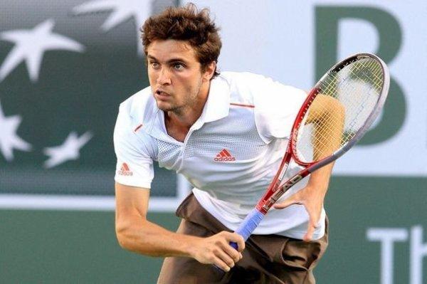 Tennis : Simon renonce