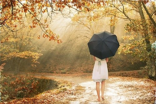 Je ne suis qu'une fille banale, qui pleure quand tout va mal...