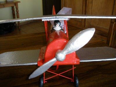 "urne ""l'avion biplan"""