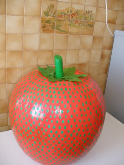 """urne """"la nouvelle fraise"""""""