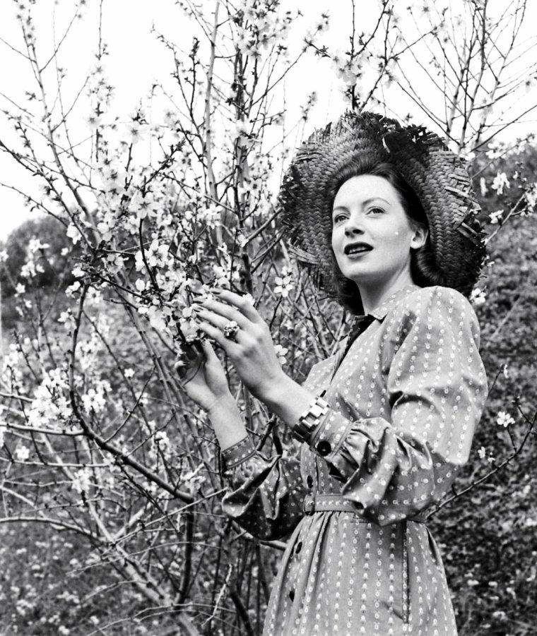 Deborah KERR en 1947 sous l'oeil du photographe Bob LANDRY à Hollywood.