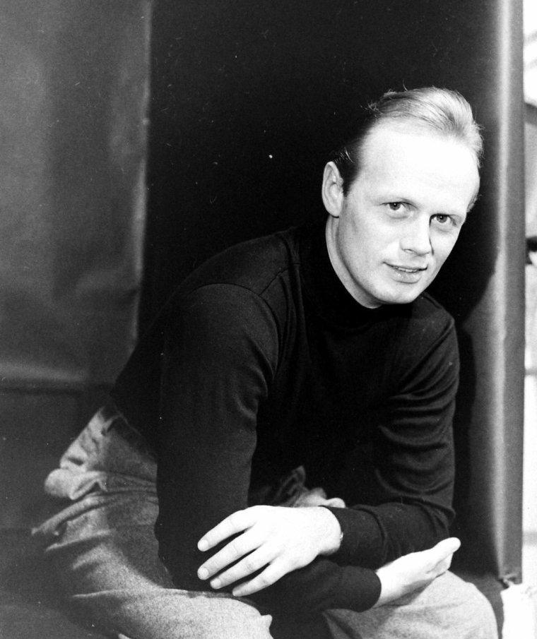 Richard WIDMARK en Février 1949 par Nina LEEN.