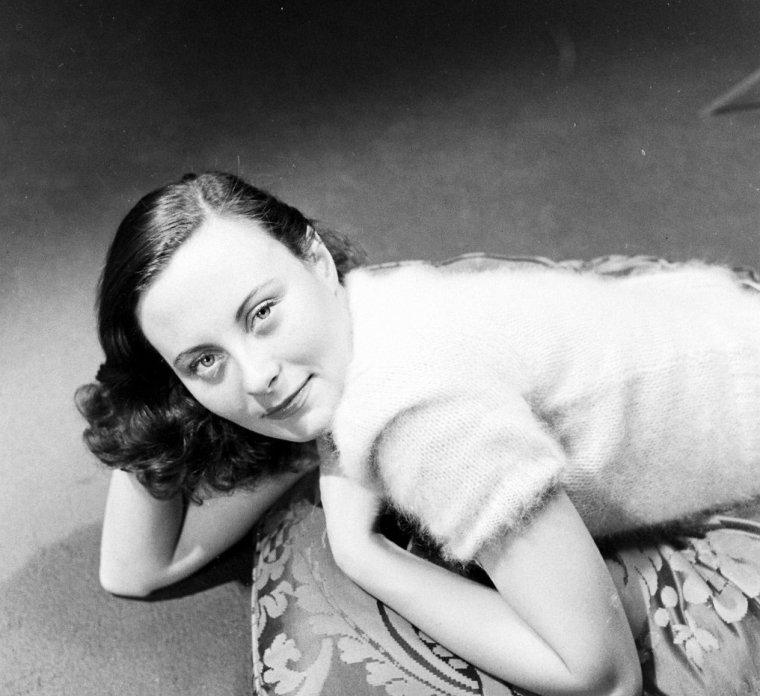 Michèle MORGAN en 1941-42 vue par Alfred EISENSTAEDT.