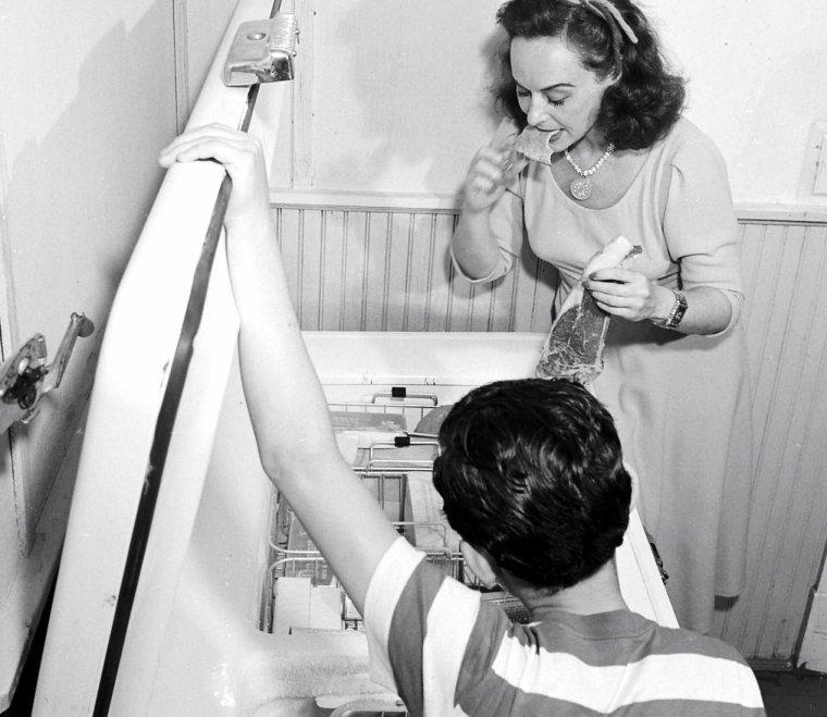 Paulette GODDARD prise par Michaël ROUGIER le 6 Juin 1950.