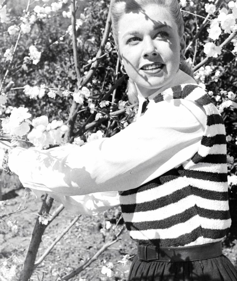 Mars 1948, John FLOREA prend en photo la jeune Doris DAY.