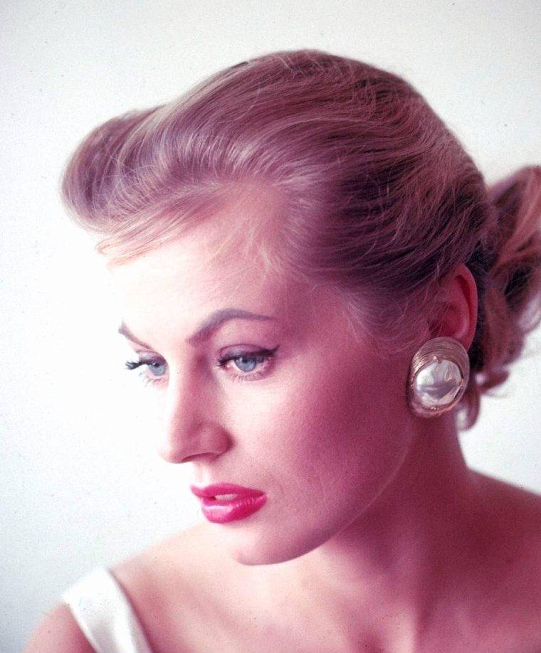 Anita EKBERG vue par Allan GRANT en 1955.