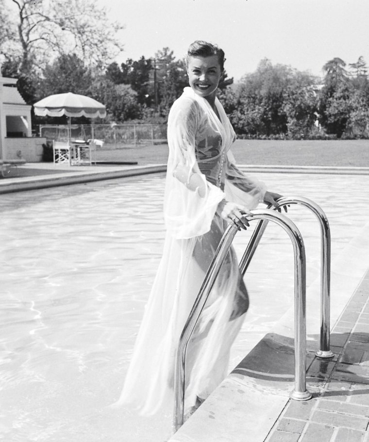 Mars 1951, Esther WILLIAMS sous l'objectif d'Edward CLARK.