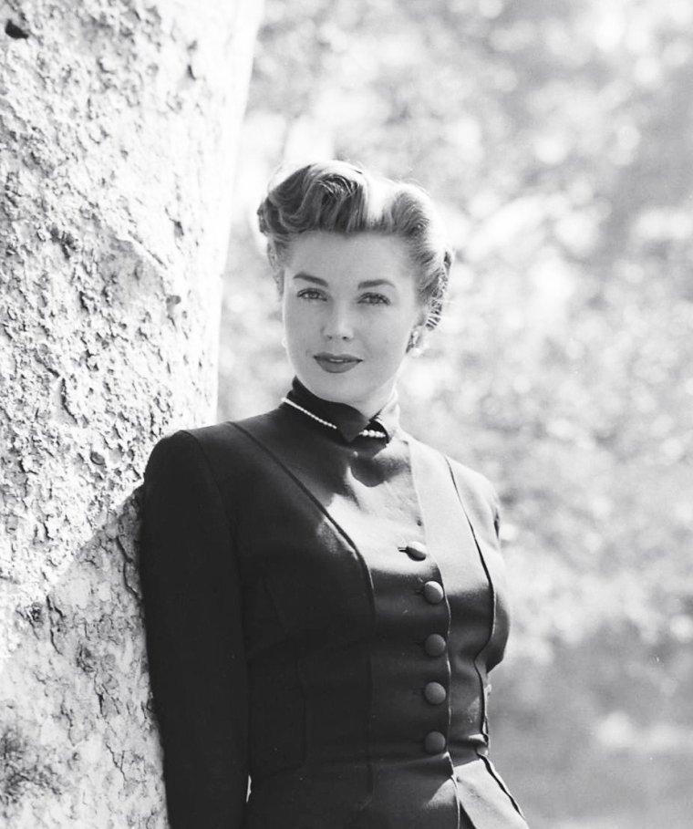 Mars 1951, Esther WILLIAMS sous l'objectif d'Edward CLARK.