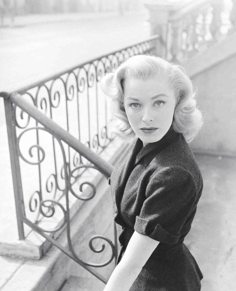 Eleanor PARKER, Novembre 1951 par Peter STACKPOLE.