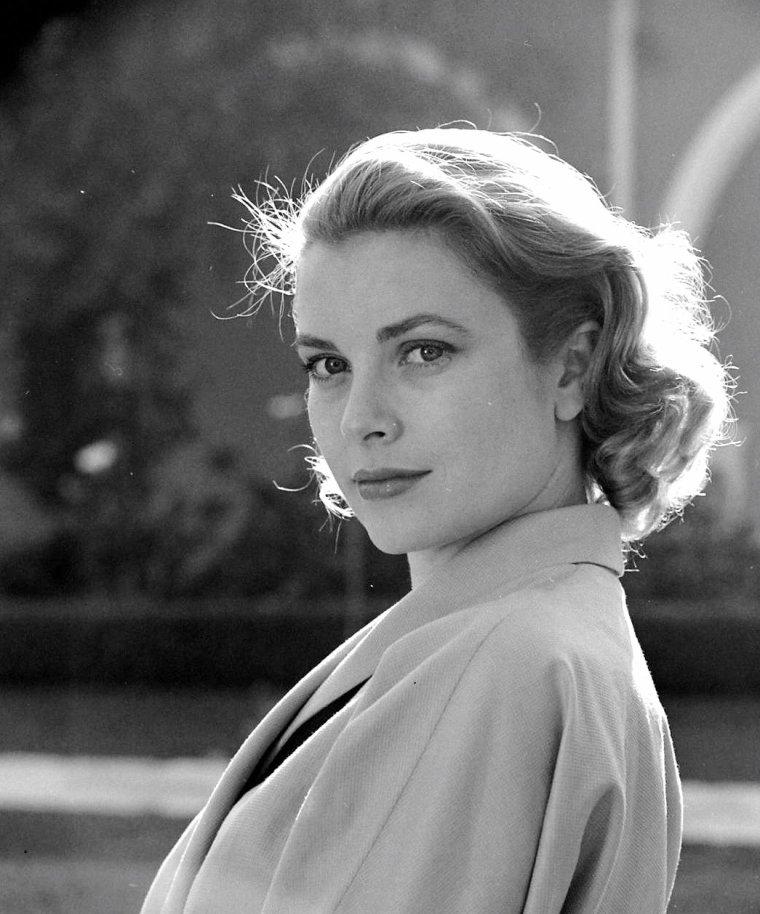 Grace KELLY par Loomis DEAN.