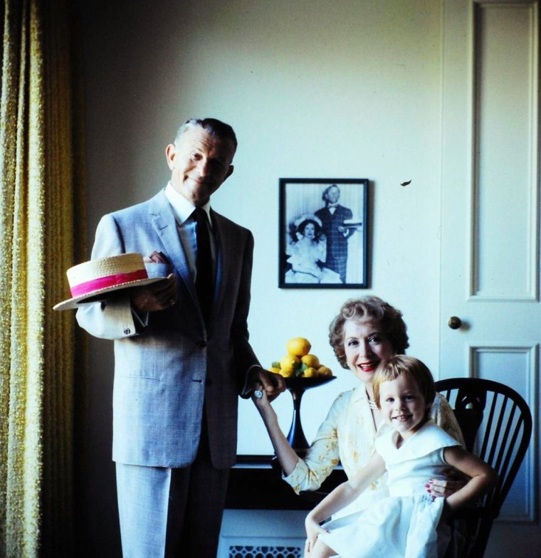 Le couple George BURNS et Gracie ALLEN photographié par Allan GRANT.
