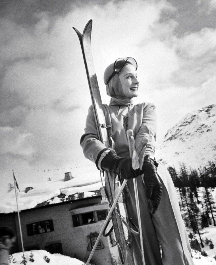 Norma SHEARER en suisse par Mark KAUFFMAN, Février 1948.