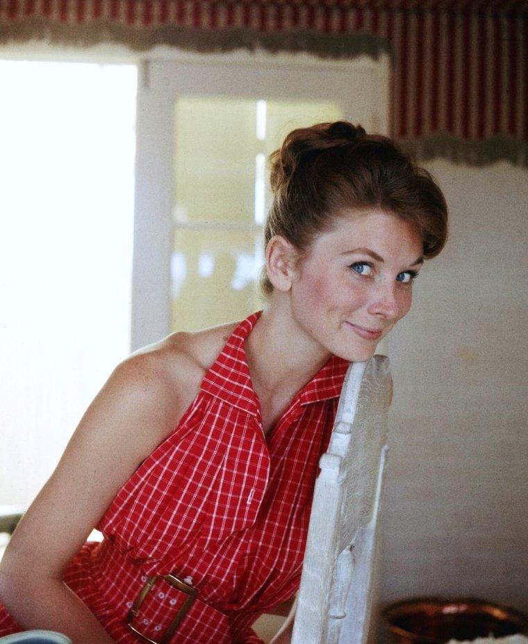 Suzy PARKER, 3 Juillet 1957 sous l'objectif d'Allan GRANT.