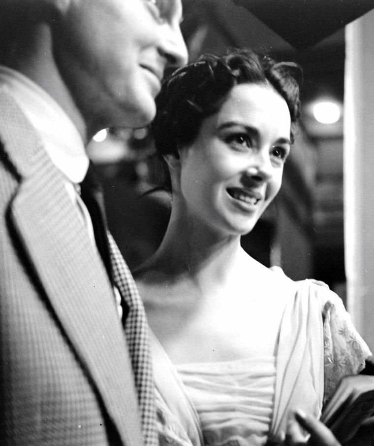 30 Novembre 1953, Dana WYNTER sous l'objectif de Gordon PARKS.