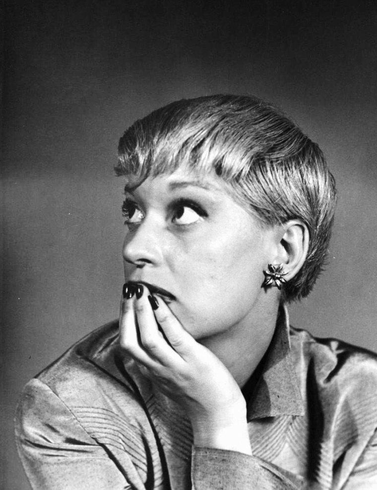 Carol CHANNING vue par Nina LEEN, 1949.