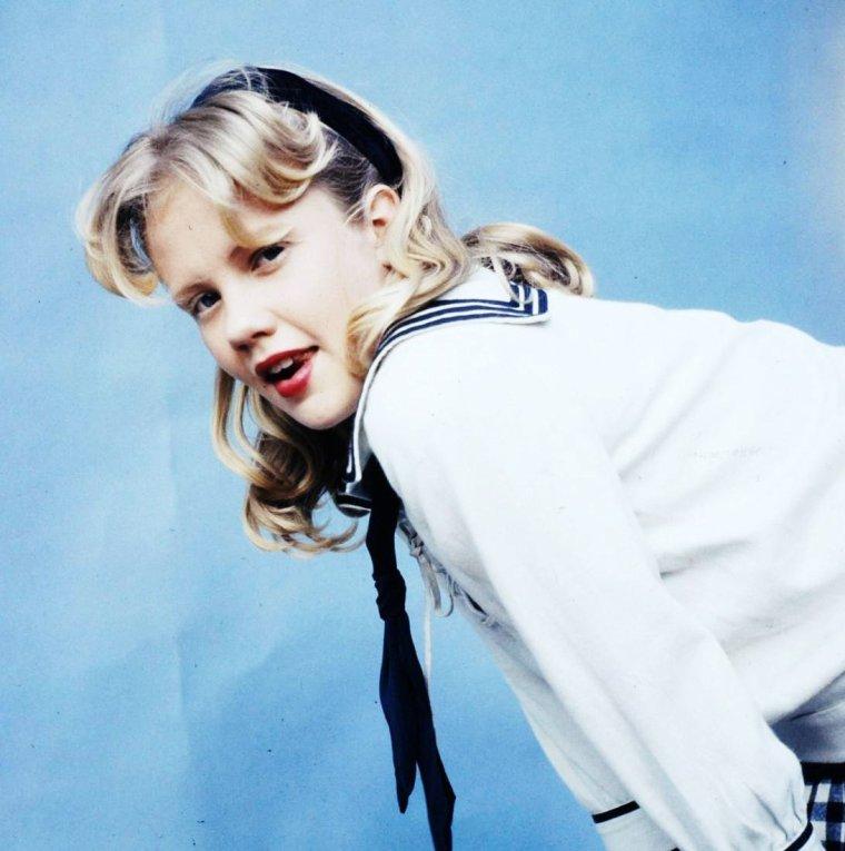 """Hayley MILLS sur le tournage du film """"Pollyanna"""" en 1960 de David SWIFT. Photos signées Loomis DEAN."""