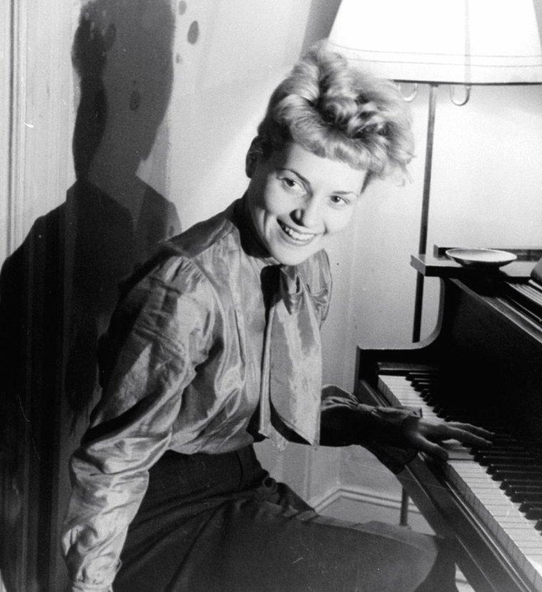 Judy HOLLIDAY 1950.