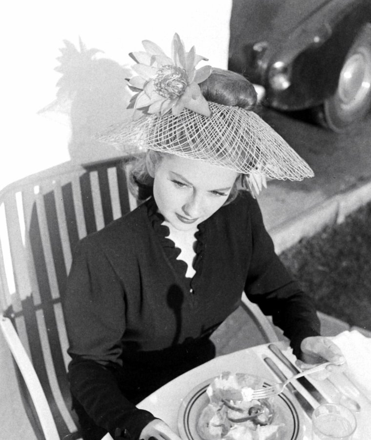 Joan LORRING par George LACKS en Novembre 1946.