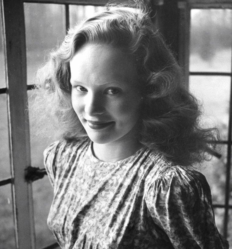 Peggy CUMMINS par Bob LANDRY, 1944, Angleterre.