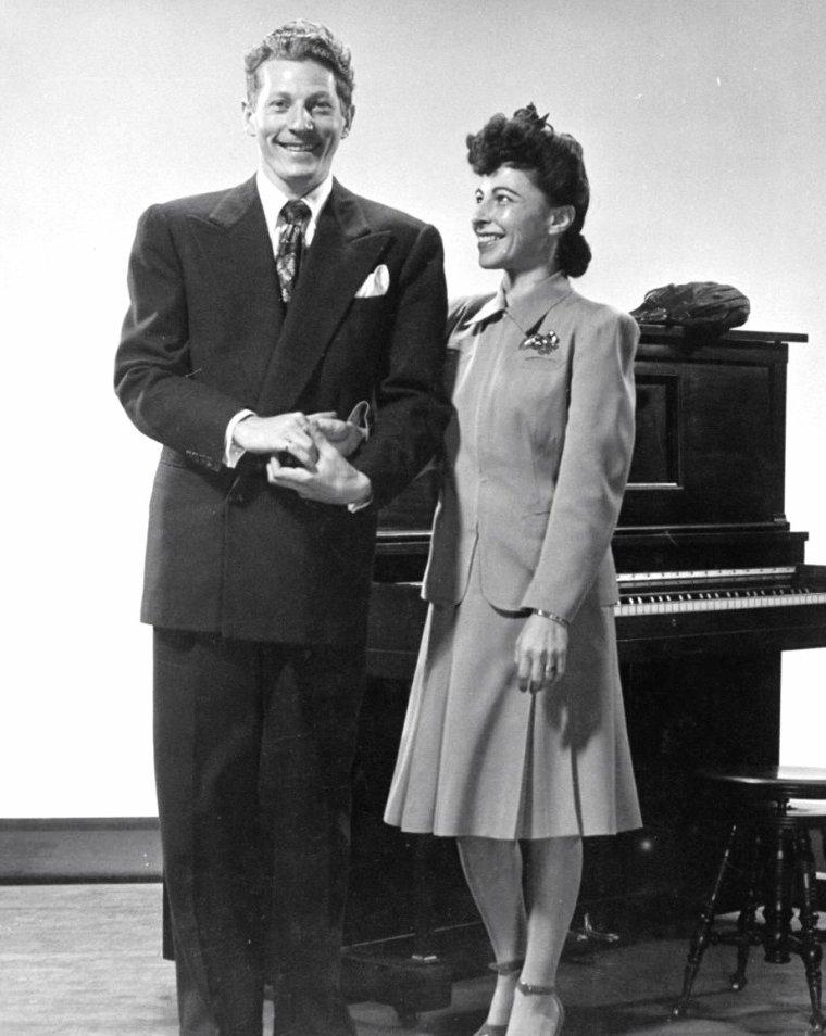 Danny KAYE et sa femme Sylvia FINE en 1941 sous l'objectif de Gjon MILI à New-York.