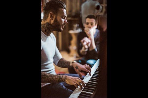Matt au piano !!