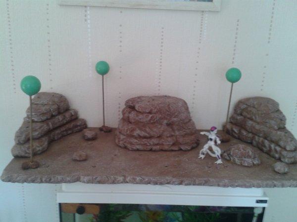 ptit  decors  fais  a  mon frere  pour  ces figurine  DBZ