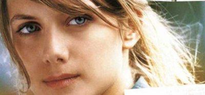 ***La beauté d'une femme-Audrey Hepburn***