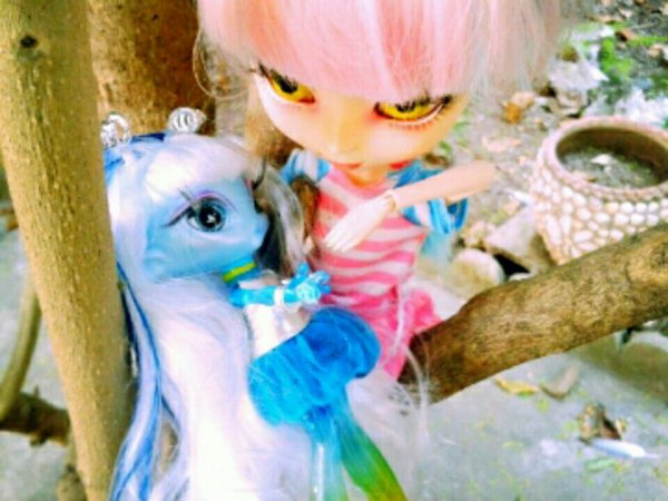 Play with us as a child-Rencontre dollienne-1