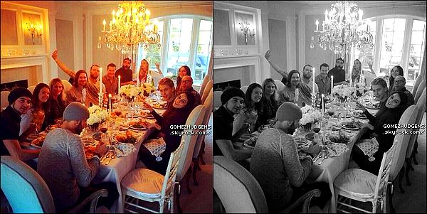 28/11/13 - Selena chante et danse pour le match de football américain de Thanksgiving CET ARTICLE : Concerts et sorties officielles pour Selena (+) Vanessa fête Thanksgiving (+) sortie avec sa mère.