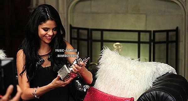 """Découvrez les photos du magnifique shoot de Selena pour le magazine """"Teen Vogue"""" du mois de Septembre."""
