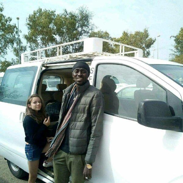 Guide touristique Djiby Ndiaye au Sénégal merci de me contacter au 00221770239209 pour bien découvrir le Sénégal