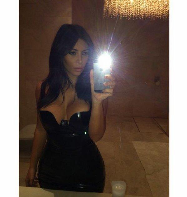 Très sexy notre Kim Kardashian...