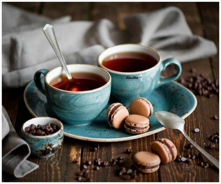 ..Qui  veux  un   bon   café  ...car dehors il fais froid....