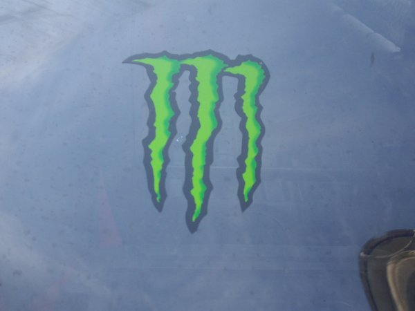 "DECO DE LA VOITURE ""MONSTER ENERGY"" suite"