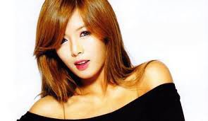 hyuna... elle est trop !!!<3