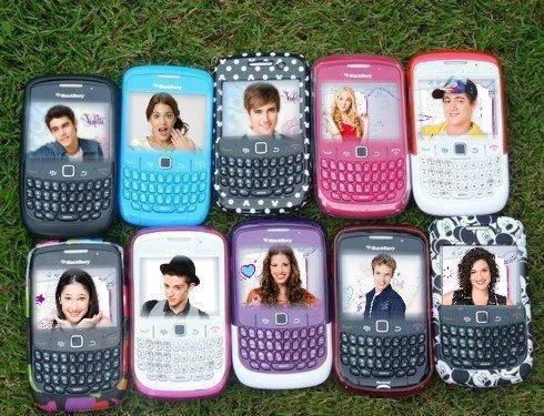 Blackberry personnalisé avec les acteurs de Violetta