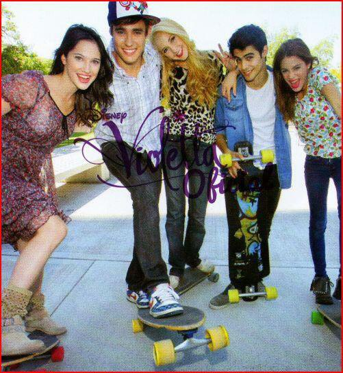 Super photo de groupe ! J'adore ! <3