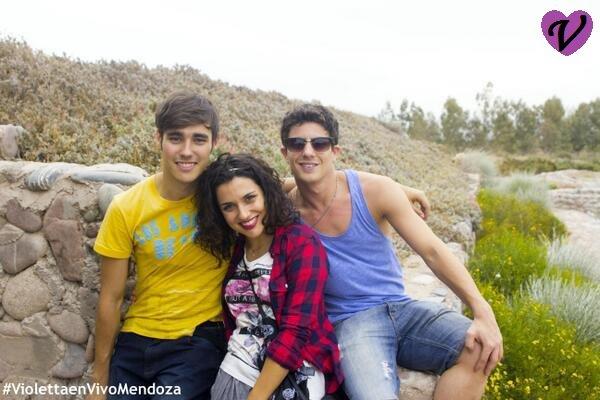 News photos + vidéo trop drôle avec Samu et Demi !!!