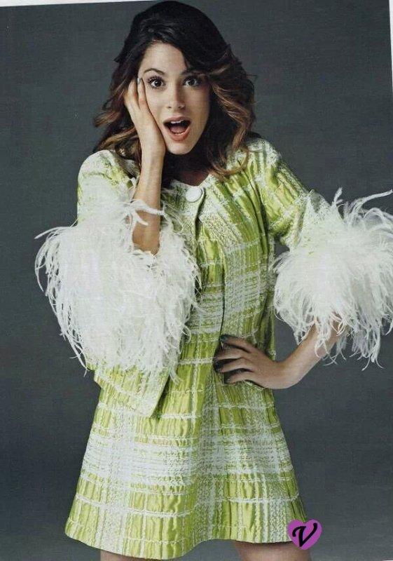 Photoshoot de Tini !!! Elle est toujours aussi sublime !! ♥♥♥