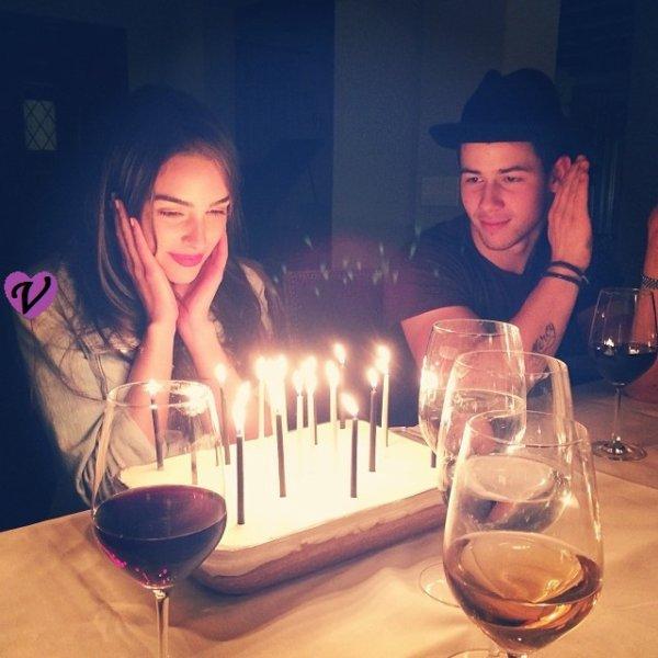 •♥• Olivia Culpo & Nick Jonas, le couple parfait + new photos des acteurs de Violetta •♥•