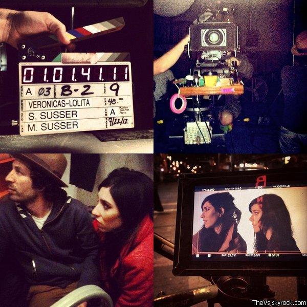 @Lisa_Veronica @JessicaVeronica @TheVeronicas Lolita - Behind the scene . Les photos officielles posté par les filles ainsi que des amis à propos de Lolita, le clip vidéo qu'elles sont entrain de tourner. Alors, vous en pensez quoi de ces photos? A quoi va t-il ressembler?  .