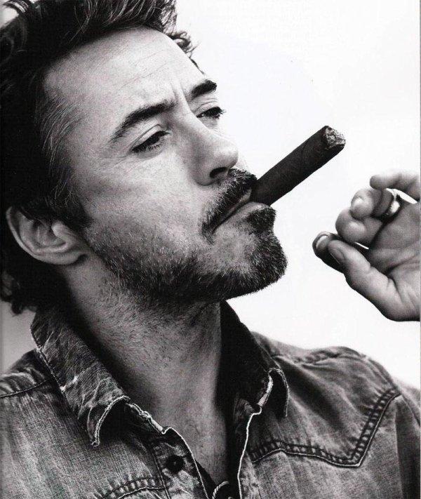 ○°.« À quoi ça sert d'être en vie si on a pas de raison de l'être.» Iron Man .°○