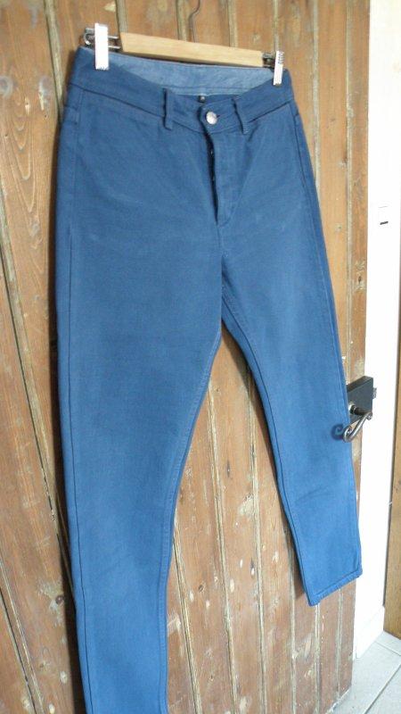 jean coupe droite A . P . C bleu indigo