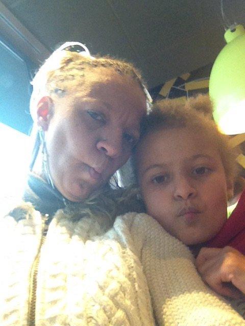 Moi et ma fille que j'aime de tt mon coeur!