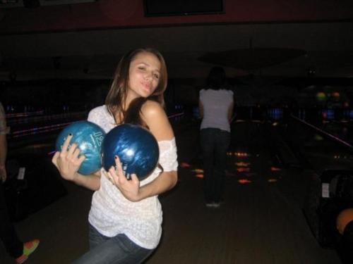 Moi hier soir au bowling avec ma meilleure amie